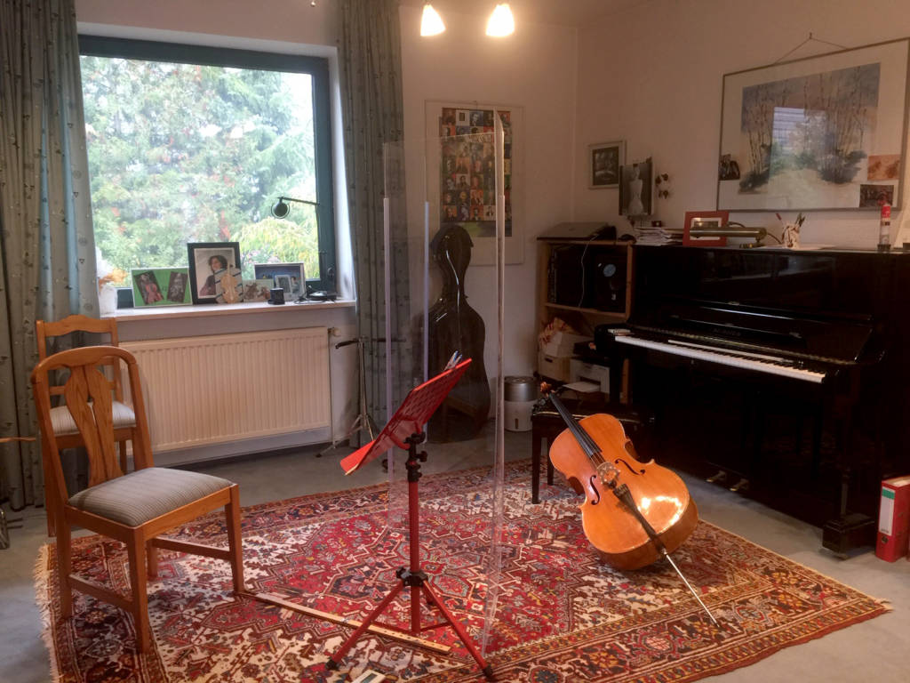 Musikraum-Cello